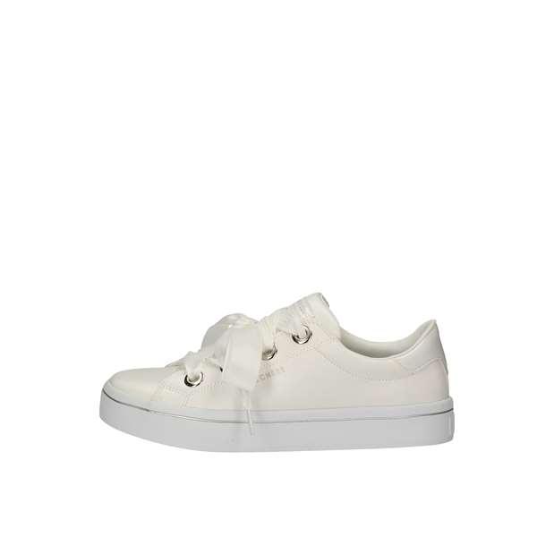 ca0ed71475 Skechers Sneakers Donna 976 | Acquista ora su Sorrentino ...