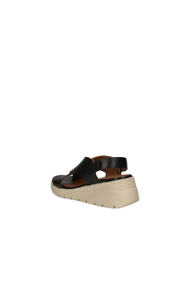 ANNALU'  With wedge BLACK