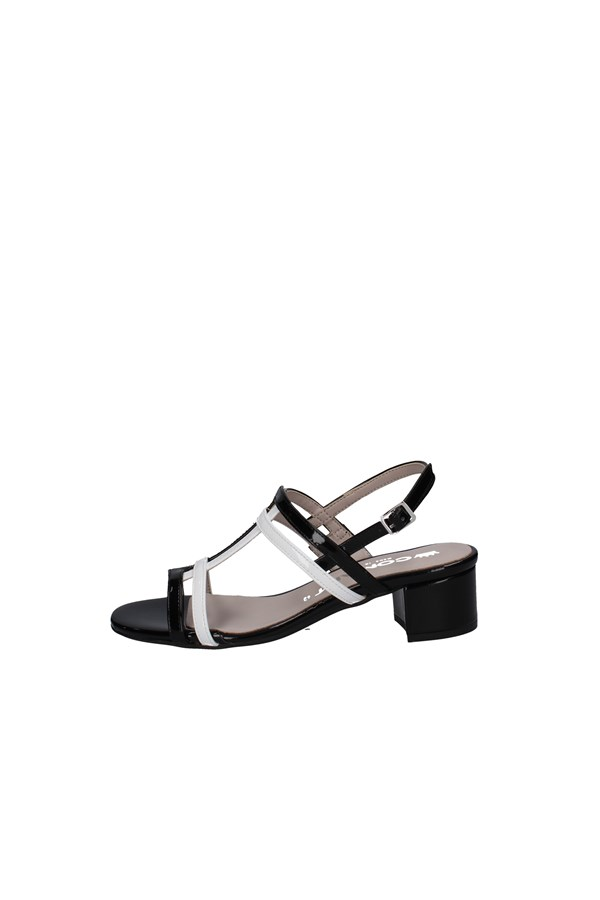 COMART SANDALS BLACK AND WHITE