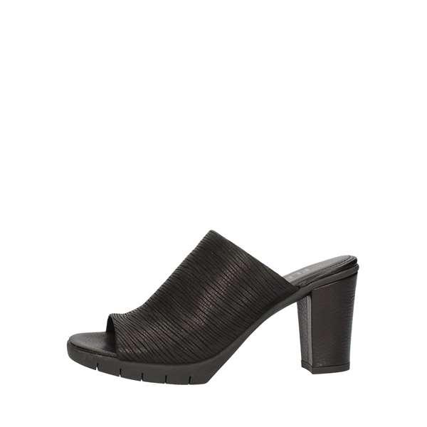 THE FLEXX With heel Black