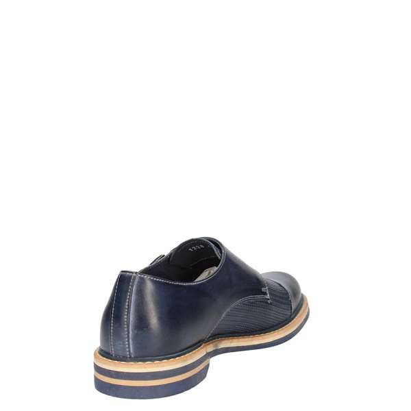 NICOLA BENSON Laced Oxford Man 1228B 2
