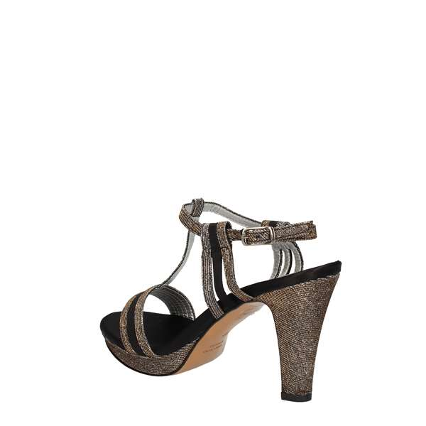 L'AMOUR Sandals With heel Women 751 1