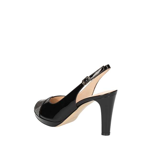 MUSELLA Low Black