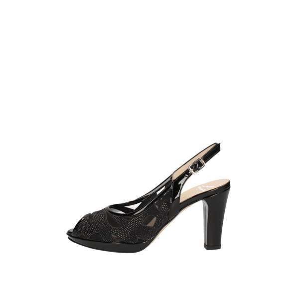 MUSELLA With heel Black