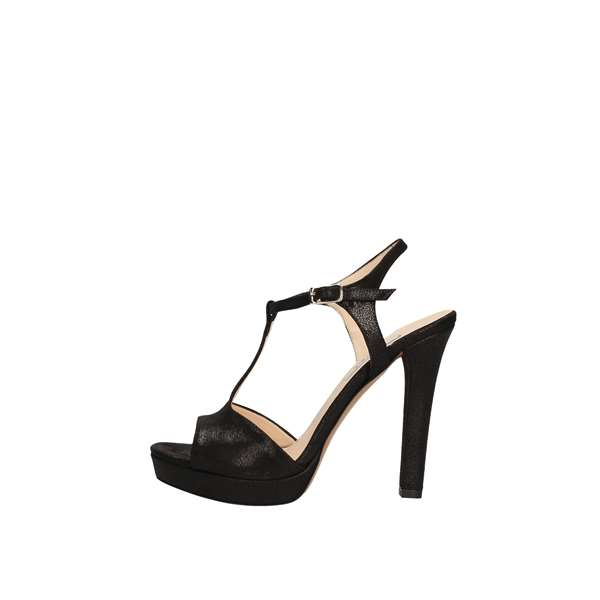 L'AMOUR With heel Black