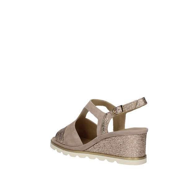 KATRIN With wedge taupe