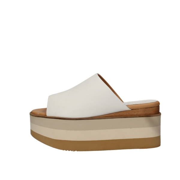 PALOMA BARCELO'  With wedge White