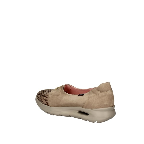 CALLAGHAN Slip on SAND