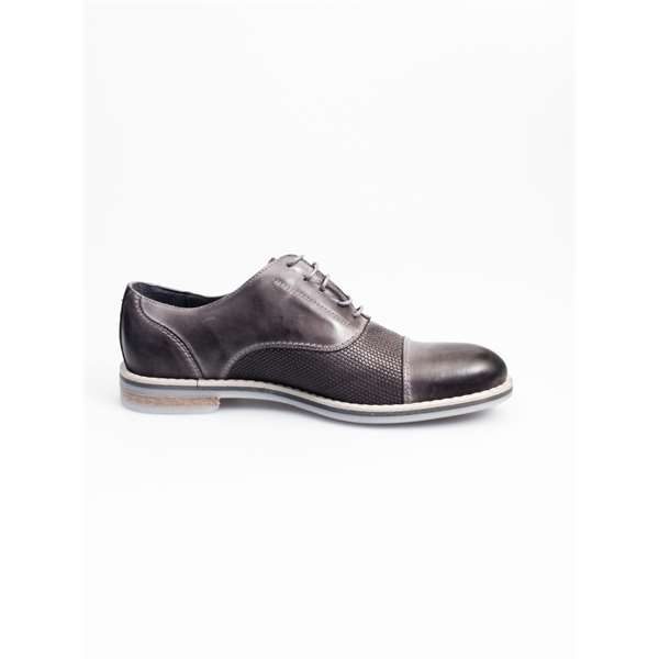 NICOLA BENSON Laced Oxford Man 7723A 2